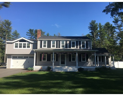 31 Woodhaven Street, Carver, MA 02330