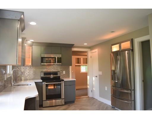 独户住宅 为 出租 在 79 Floral Street 什鲁斯伯里, 马萨诸塞州 01545 美国