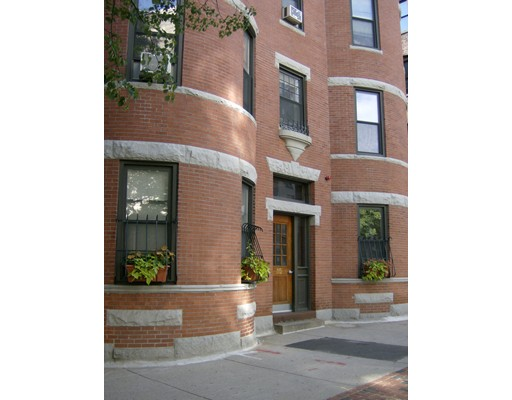 17 Hemenway St 3, Boston, MA 02115