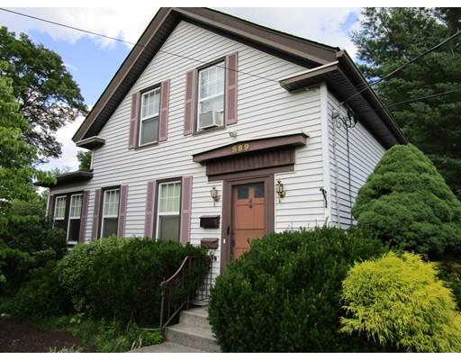 Casa Multifamiliar por un Venta en 589 Pond Street 589 Pond Street Woonsocket, Rhode Island 02895 Estados Unidos