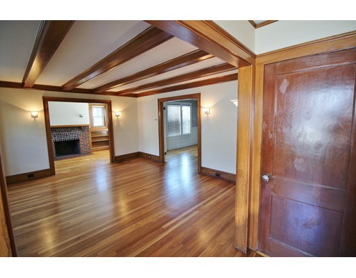 Additional photo for property listing at 20 richards Road  Watertown, Massachusetts 02472 Estados Unidos
