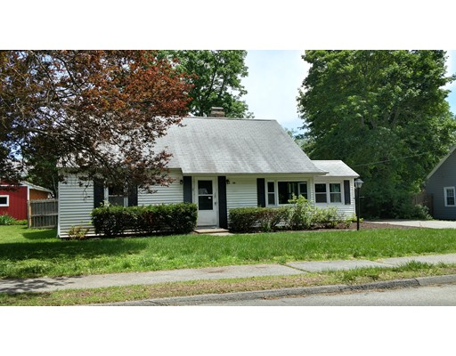 69 Crescent St, Shrewsbury, MA 01545
