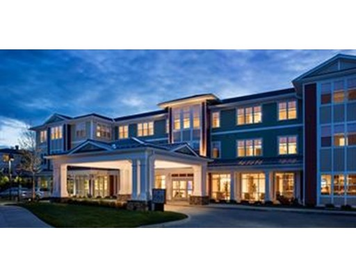 Additional photo for property listing at 235 Gould Street #242 235 Gould Street #242 Needham, Massachusetts 02494 Estados Unidos