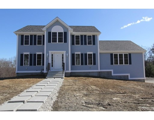 Single Family Home for Sale at 7 Amherst Drive 7 Amherst Drive Auburn, Massachusetts 01501 United States