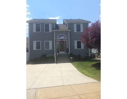 Casa Unifamiliar por un Venta en 547 stafford Road Fall River, Massachusetts 02721 Estados Unidos