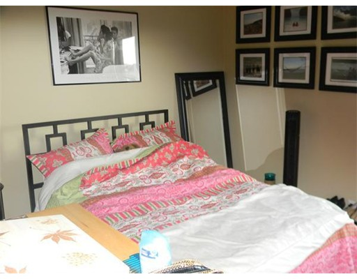 Additional photo for property listing at 29 Covington  Boston, Massachusetts 02127 United States