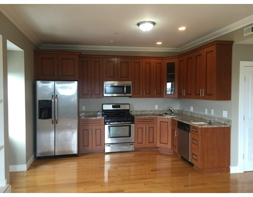 Additional photo for property listing at 122 West Broadway  Boston, Massachusetts 02127 Estados Unidos