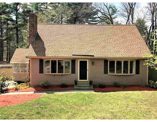 2 Mary St, Windham, NH 03087