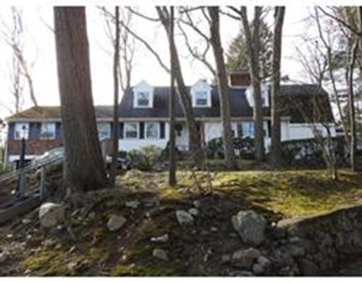 独户住宅 为 出租 在 6 Delanson Circle 韦尔茨利, 马萨诸塞州 02482 美国