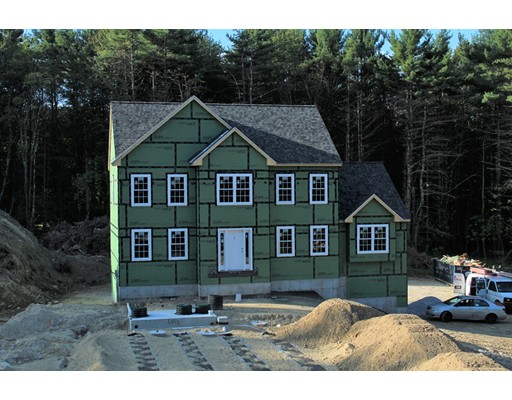 Maison unifamiliale pour l Vente à 73 Meadow Road - Lot 2 Townsend, Massachusetts 01469 États-Unis