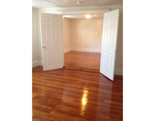 Additional photo for property listing at 115 Cedar Street  Haverhill, Massachusetts 01830 United States