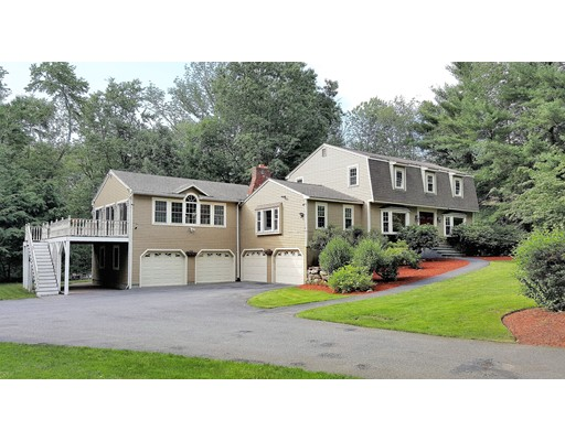 Single Family Home for Sale at 87 Hildreth Street Westford, Massachusetts 01886 United States