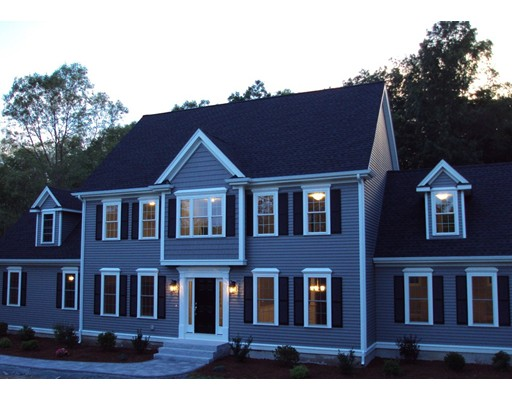 Single Family Home for Sale at 134 Dodge Hill Road Sutton, Massachusetts 01590 United States