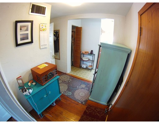Additional photo for property listing at 49 Hudson Street  Somerville, Massachusetts 02143 United States