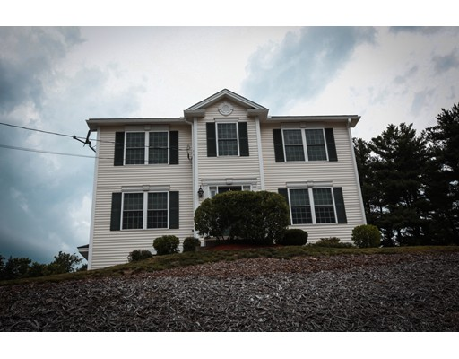 Single Family Home for Sale at 51 Hillside Avenue Derry, New Hampshire 03038 United States