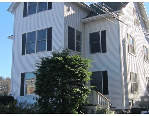 Single Family Home for Rent at 139 Linden Wellesley, Massachusetts 02482 United States