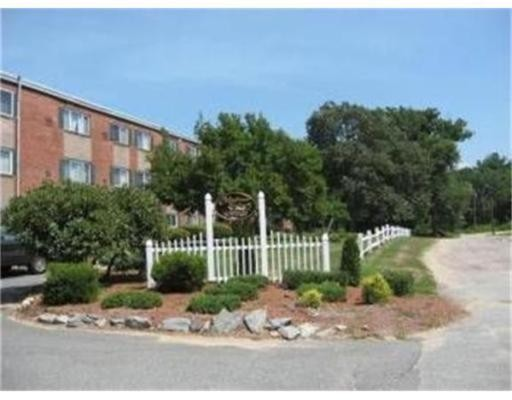 Additional photo for property listing at 66 Mayflower Avenue  Middleboro, 马萨诸塞州 02346 美国