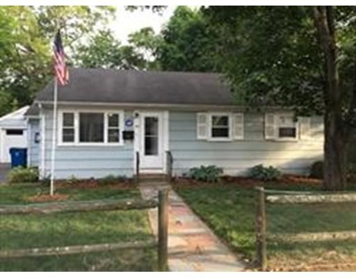 独户住宅 为 销售 在 66 Hall Street 66 Hall Street 伦道夫, 马萨诸塞州 02368 美国