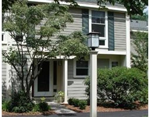 Casa Unifamiliar por un Alquiler en 11 Oak Street Wellesley, Massachusetts 02482 Estados Unidos