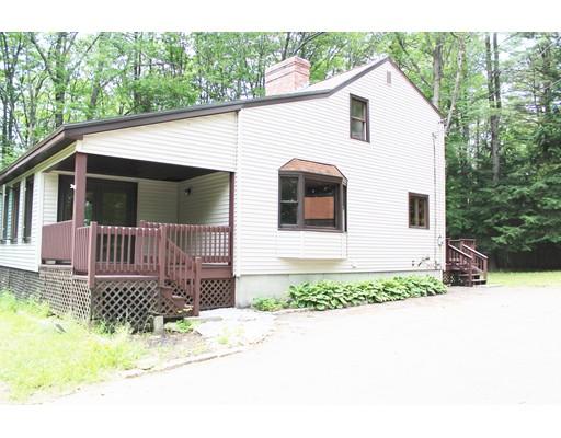 Casa Unifamiliar por un Venta en 25 Little Watatic Pond Road Ashburnham, Massachusetts 01430 Estados Unidos