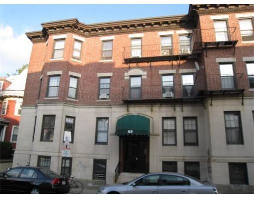 Casa Unifamiliar por un Alquiler en 65 Chester Boston, Massachusetts 02134 Estados Unidos