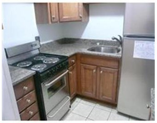 Additional photo for property listing at 34 Winchester #8 34 Winchester #8 Brookline, Massachusetts 02446 United States