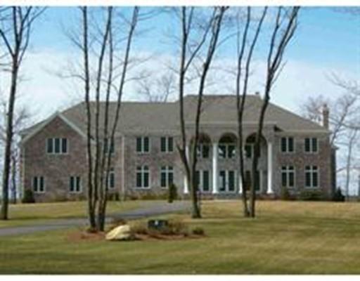 Additional photo for property listing at 11 Elizabeth Way  Lynnfield, Massachusetts 01940 Estados Unidos