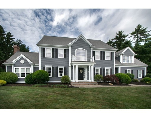 Maison unifamiliale pour l Vente à 131 Country Club Way Kingston, Massachusetts 02364 États-Unis