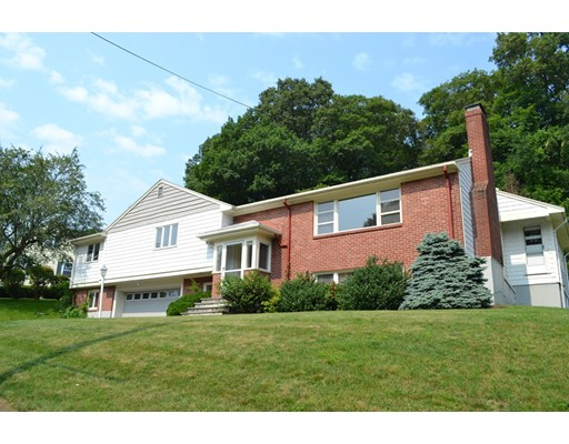 Single Family Home for Rent at 11 Priscilla Circle Wellesley, Massachusetts 02481 United States