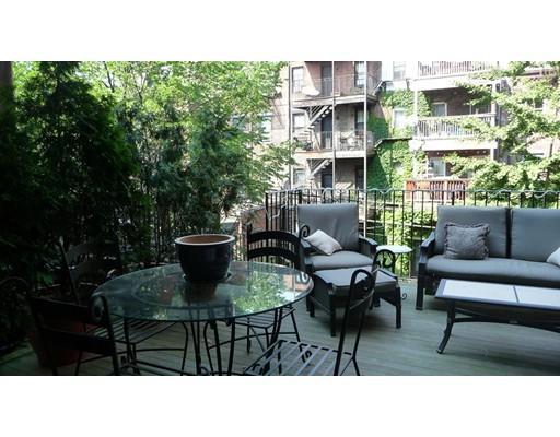 独户住宅 为 出租 在 684 Massachusetts Avenue 波士顿, 马萨诸塞州 02118 美国