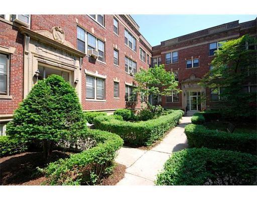 Casa Unifamiliar por un Alquiler en 453 Washington Street Brookline, Massachusetts 02446 Estados Unidos