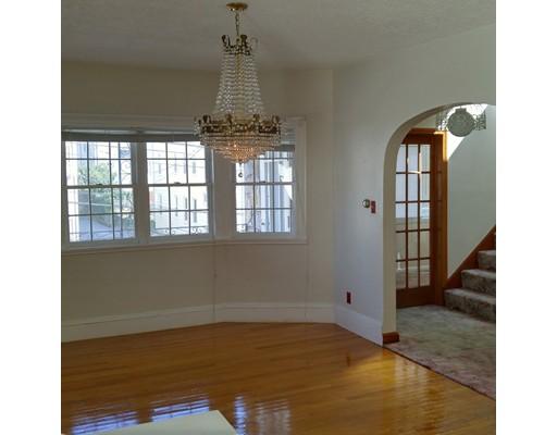独户住宅 为 出租 在 27 Garrison Street Somerville, 马萨诸塞州 02144 美国