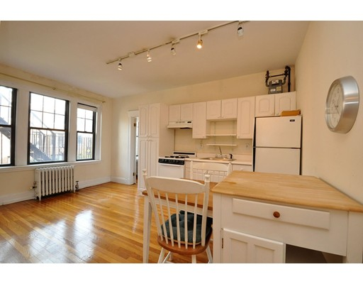 Additional photo for property listing at 66 Queensberry Street  Boston, Massachusetts 02215 United States