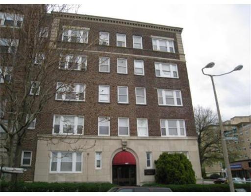 独户住宅 为 出租 在 1607 Commonwealth Avenue 波士顿, 马萨诸塞州 02135 美国