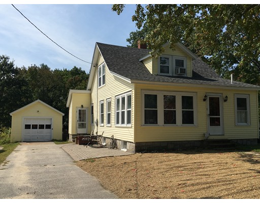Single Family Home for Sale at 201 So. Mammoth Road 201 So. Mammoth Road Manchester, New Hampshire 03109 United States