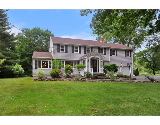 Single Family Home for Sale at 36 Glenridge Drive 36 Glenridge Drive Bedford, Massachusetts 01730 United States