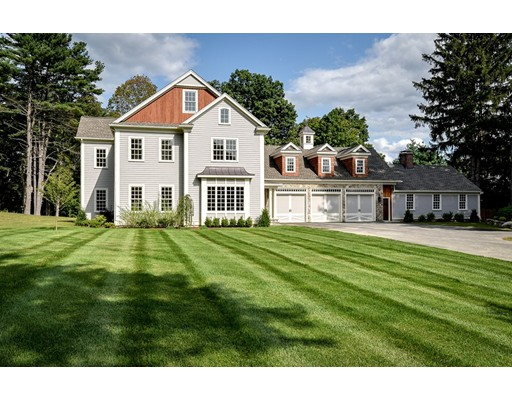 Maison unifamiliale pour l Vente à 166 Farm Street 166 Farm Street Dover, Massachusetts 02030 États-Unis