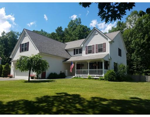 Casa Unifamiliar por un Venta en 110 Valley Road Southampton, Massachusetts 01073 Estados Unidos