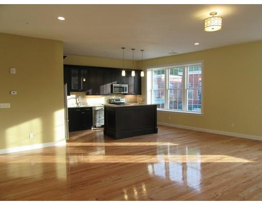 Additional photo for property listing at 6 SOUTH MAIN  阿克斯布里奇, 马萨诸塞州 01569 美国
