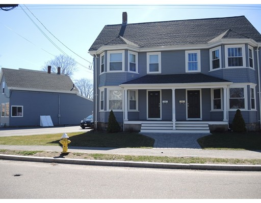 Additional photo for property listing at 381 Hunnewell Street  Needham, Massachusetts 02494 Estados Unidos