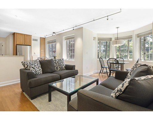 Additional photo for property listing at 20 Chapel  Brookline, Massachusetts 02446 Estados Unidos
