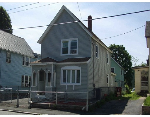 66 Ludlam St, Lowell, MA 01850