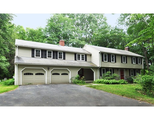 305 Old Pickard Rd, Concord, MA 01742