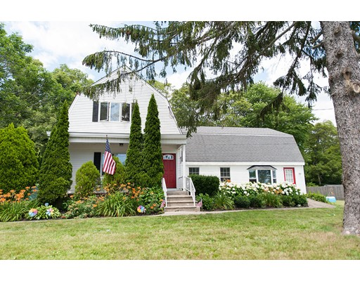 Single Family Home for Sale at 432 Nichols Street Fall River, Massachusetts 02720 United States