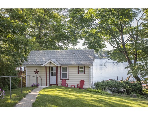 340 Oakridge Ave, North Attleboro, MA 02760