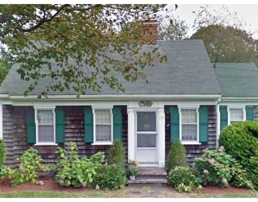 Частный односемейный дом для того Аренда на 114 Allen Avenue 114 Allen Avenue Falmouth, Массачусетс 02540 Соединенные Штаты