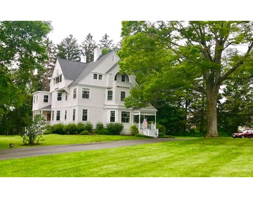 Single Family Home for Sale at 676 Osgood Street 676 Osgood Street North Andover, Massachusetts 01845 United States