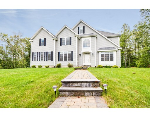 Single Family Home for Sale at 325 Newton Street Northborough, Massachusetts 01532 United States
