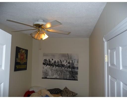 独户住宅 为 出租 在 258 Harvard Street 梅福德, 马萨诸塞州 02155 美国