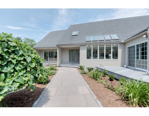 44 Hickory Drive, Worcester, MA 01609